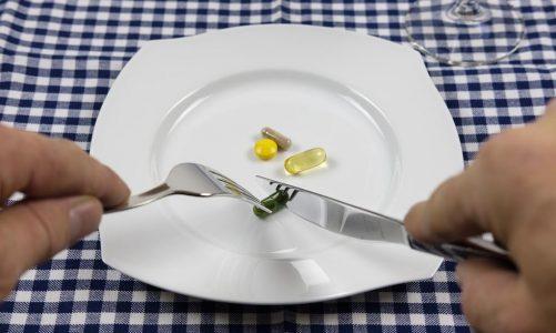 Wiele osób dorosłych przyjmuje suplementy diety